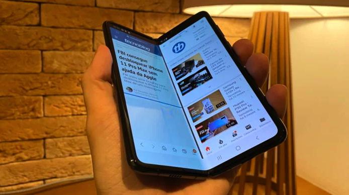 Samsung Galaxy Fold: celular dobrável chega ao Brasil por R$ 12.999