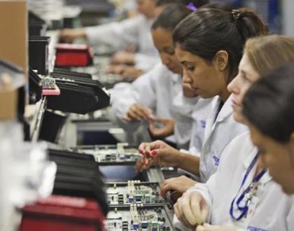 Samsung e Motorola paralisam produção de celulares no Brasil